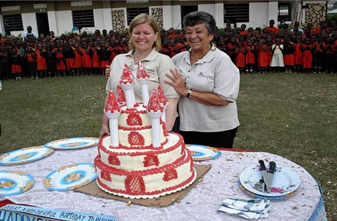 Christmas cake for 1300 children